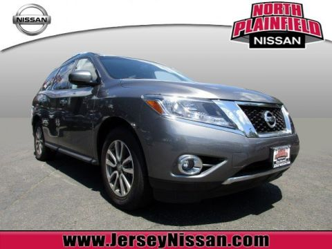 Certified Pre-Owned 2015 Nissan Pathfinder SV FWD Sport Utility